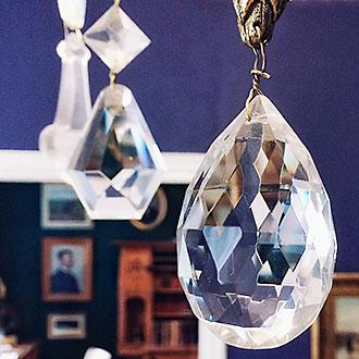 Hiekan taidemuseo Tampereella, kristallilamppu